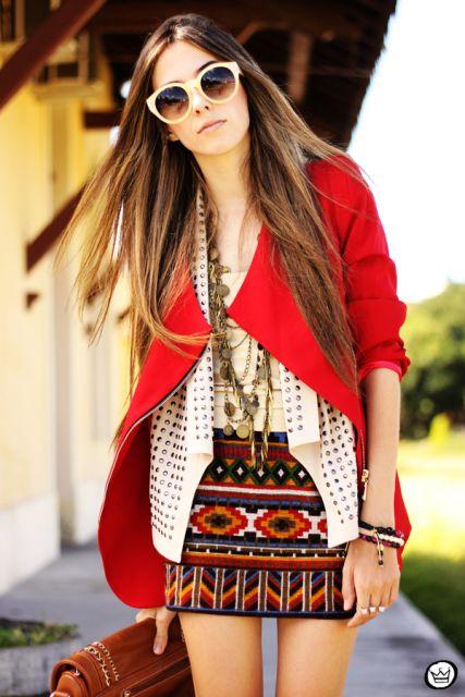 vestido com casaco estampa etnica