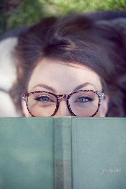exemplo óculos de grau em rosto redondo