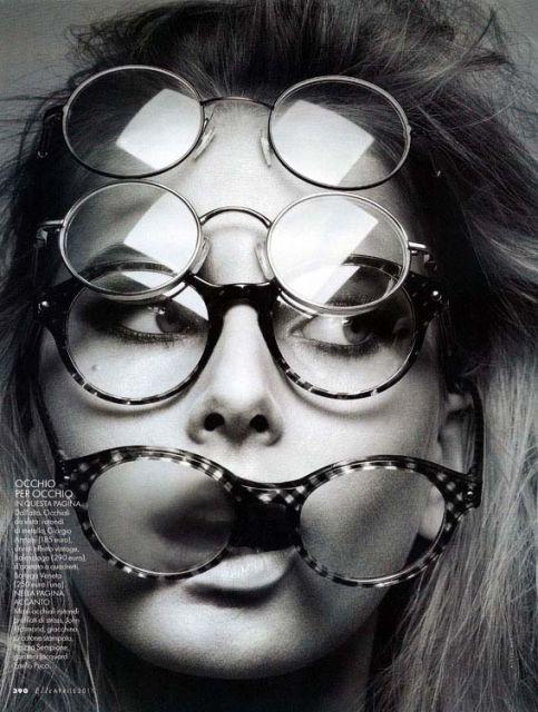 editorial da elle itália 2011 vários óculos