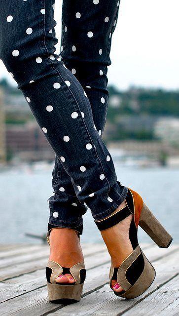 como customizar calça jeans exemplo transformar em shorts stencil poá