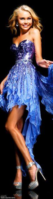 Vestido de formatura azul assimétrico