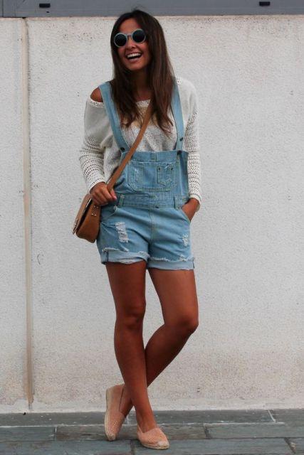 jardineira com blusa manga longa
