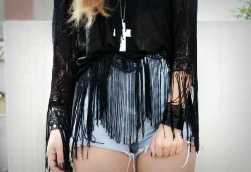 blusa de franja preta diferente