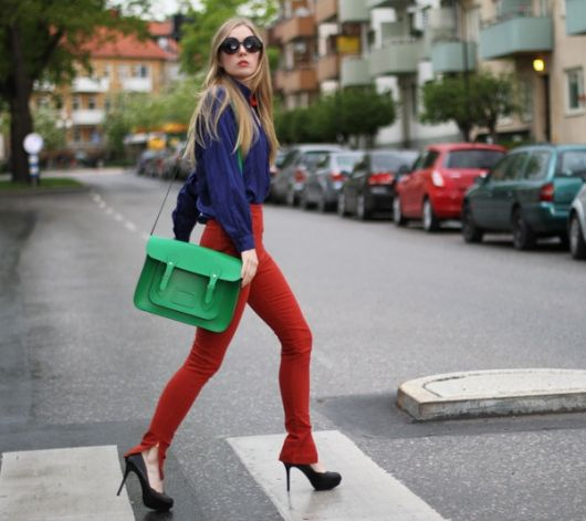 look color block azul laranja e verde