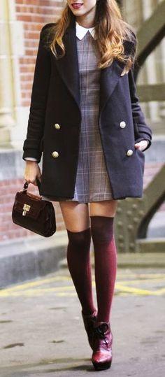 meia cano alto em looks para escola com uniforme