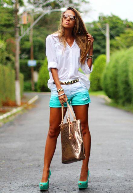 look casual com short jeans com blusa branca