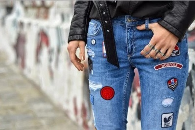 como customizar calça jeans exemplo transformar em shorts patches