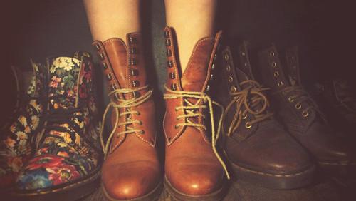 exemplo estilo folk botas