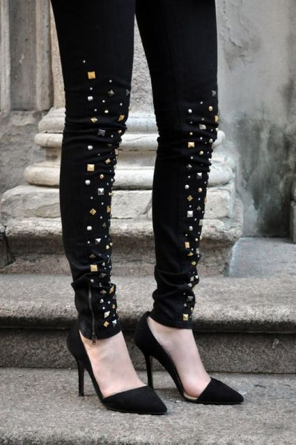 como customizar calça jeans exemplo transformar em shorts spikes e tachas