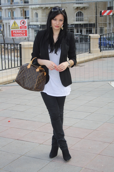 dicas para vestir look preto e branco basico