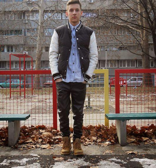vestir camisa social com jaqueta college
