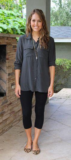 sapatilha oncinha com calça legging preta