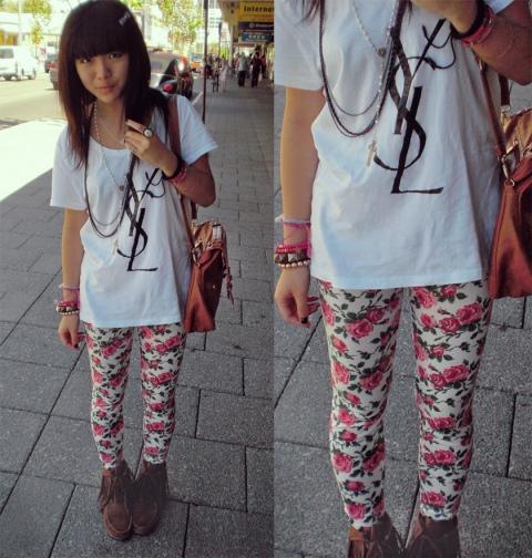 legging floral com camiseta branca