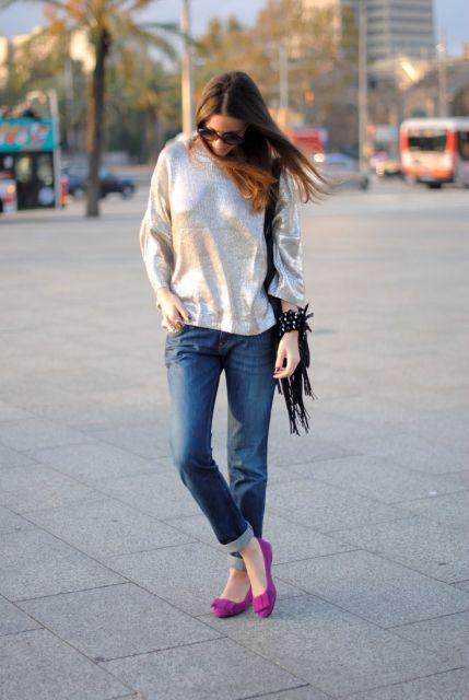 sapatilha pink com calça jeans