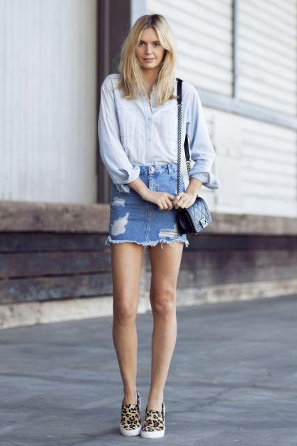 saia curta jeans com blusa jeans