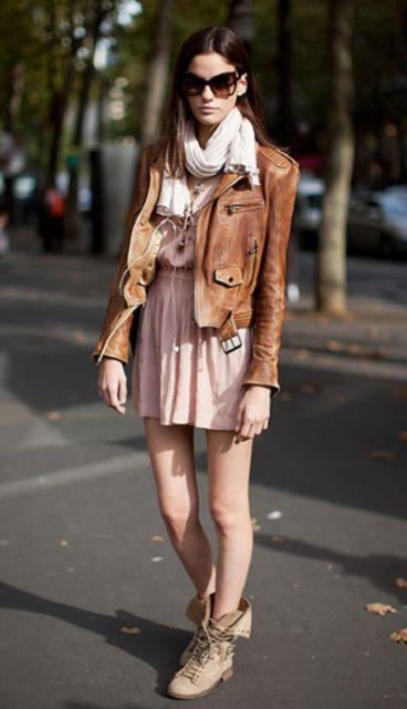 ideias para usar vestido e coturno