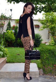 looks calça estampa onça modelo legging