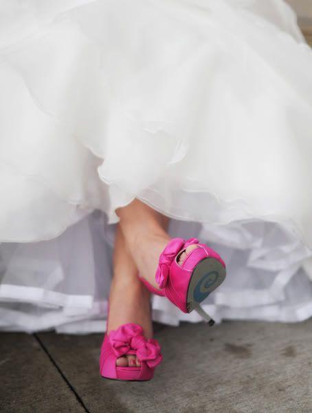 look noiva com peep toe rosa