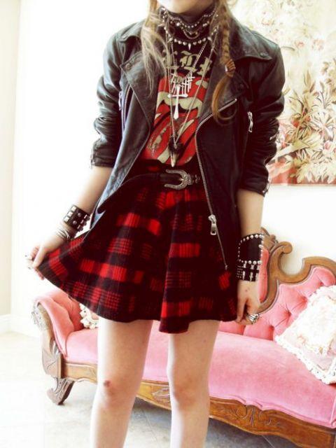 roupas de rockeiras - saia xadrez