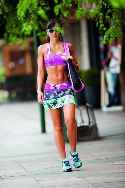 conjunto shorts saia com top