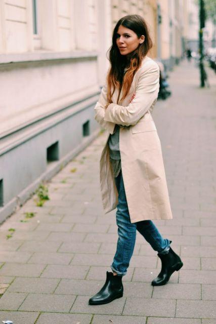 look inverno com jeans e bota cano curto