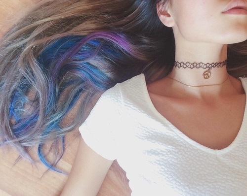 tattoo choker cabelo azul