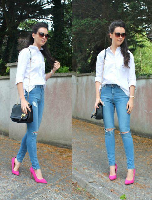 scarpin rosa com jeans azul basico