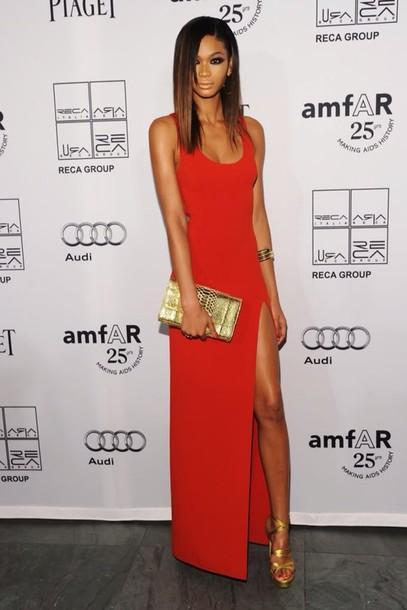 vestido de formatura vermelho basico