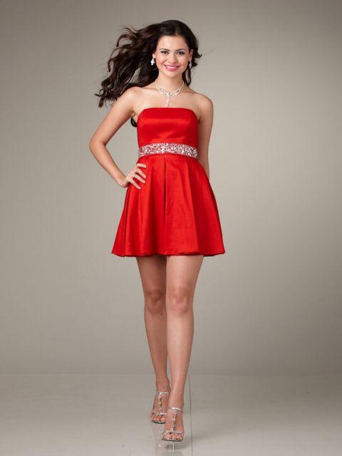 Vestido de formatura vermelho – fotos, modelos e dicas de como escolher!