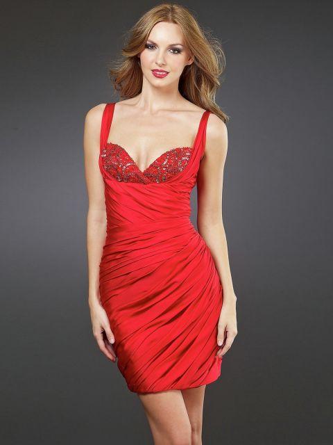 modelos curtos de vestido de formatura vermelho