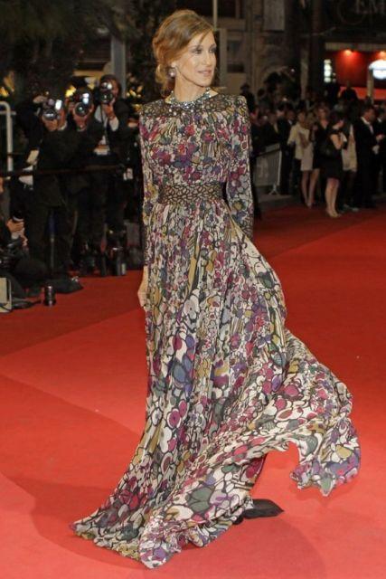 vestido longo para baixinha da Sarah Jessica Parker