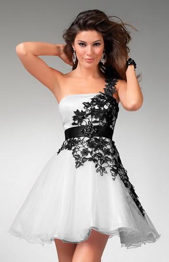Vestido preto com brilho para casamento