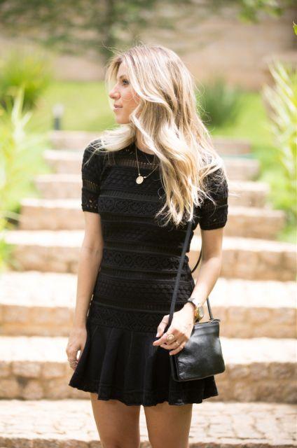 Vestido trico preto curto