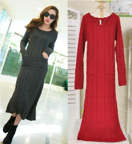 Vestido de tricô longo cinza e vermelho
