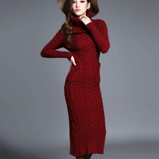 Vestido de tricô bordô