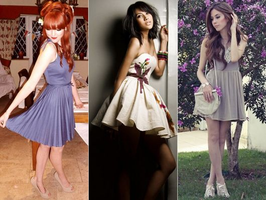 Lindos modelos de vestido esporte fino: azul com saia plissada, branco com estampa de flores.