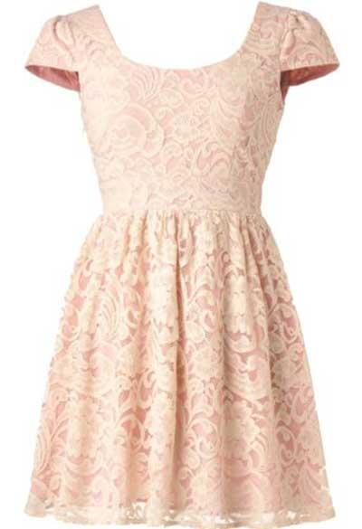 Modelo de vestido esporte fino rendado cor-de-rosa