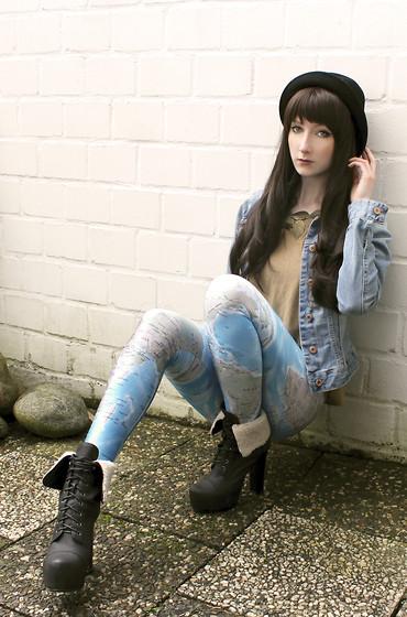 legging estampada com coturno preto
