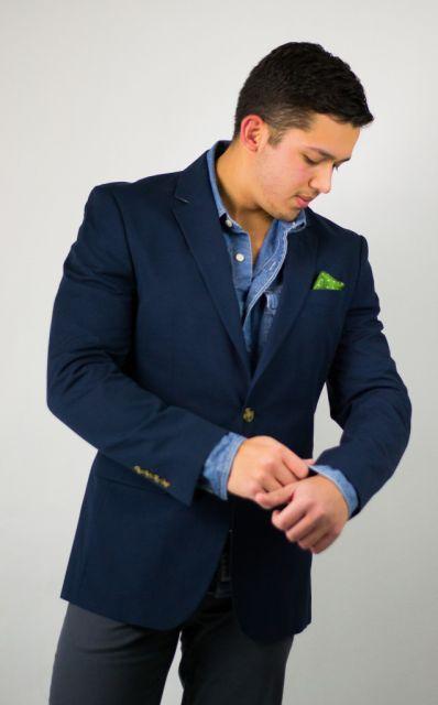 blazer e camisa jeans masculina combinação