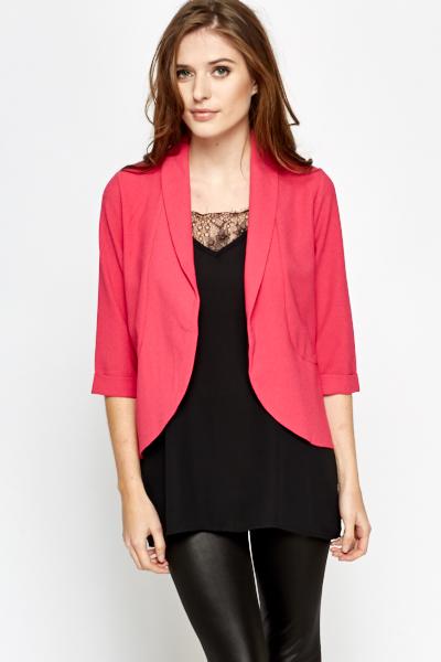 blazer rosa pink com legging e blusa preta