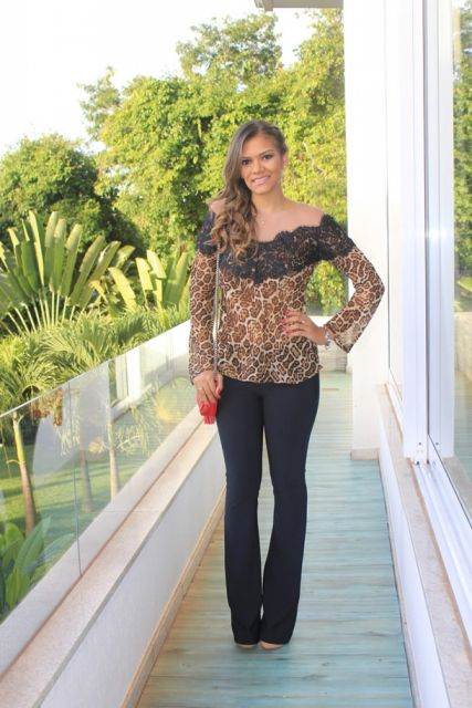 blusa flare estampa animal print