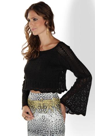 blusa flare cropped de crochê