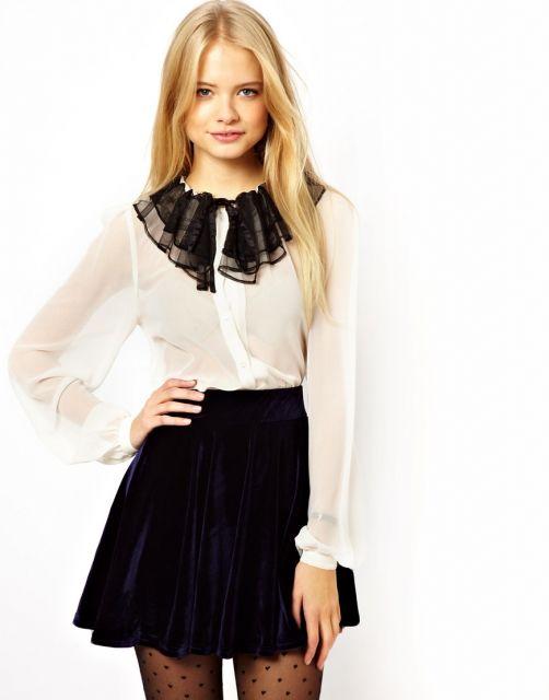 camisa branca e preta