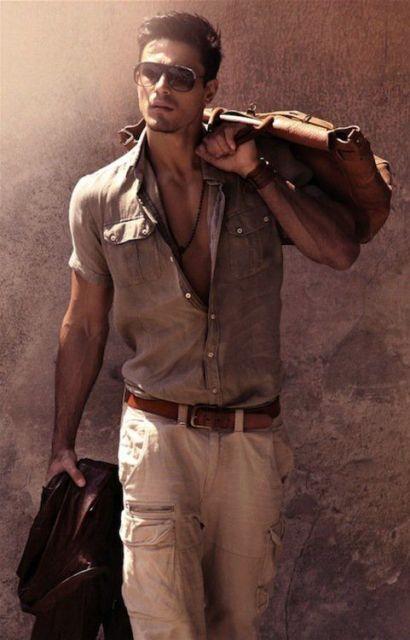 calça cargo masculina com camisa verão