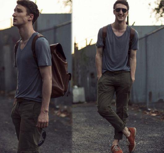 calça cargo masculina dobrada como usar