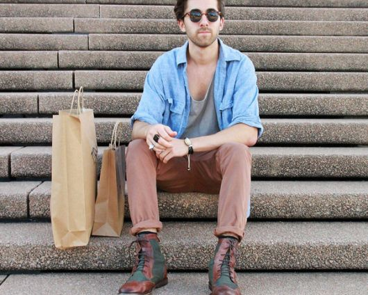 calça chino e bota