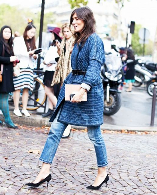 calça cropped com casaco