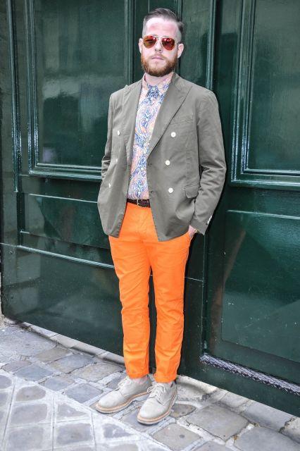 calça laranja formal