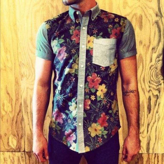 camisa floral masculina estampa