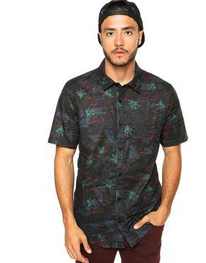 camisa floral masculina tipo skate